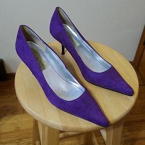 O. CHARLIES Purple Heels